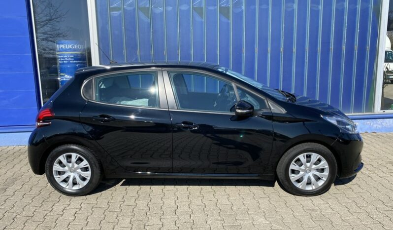 Peugeot 208 PureTech 82 Start & Stop Active Flaterate voll
