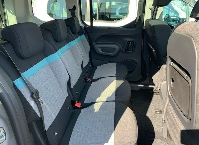 Citroen Berlingo M BlueHDi 130 SHINE Navigation Kamera Glasdach voll